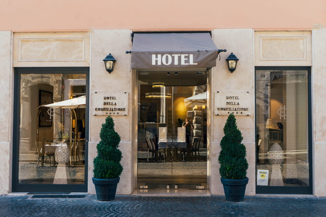 hotel-front-2844474 (1)